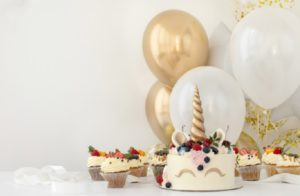 Sensational Top 5 Designer Birthday Cake Ideas For Kids Funny Birthday Cards Online Fluifree Goldxyz